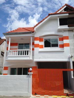 บ้านแฝด 3750000 กรุงเทพมหานคร เขตคันนายาว คันนายาว