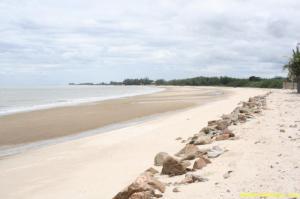 ที่ดิน 25000000 เพชรบุรี ท่ายาง ท่ายาง