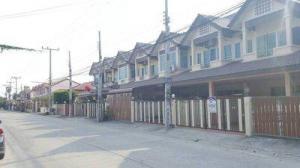 ทาวน์เฮาส์ 2950000 ชลบุรี เมืองชลบุรี บ้านปึก