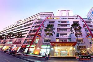 อาคาร 700 กรุงเทพมหานคร เขตวัฒนา คลองเตยเหนือ