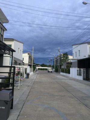 ทาวน์เฮาส์ 3200000 นนทบุรี ปากเกร็ด บ้านใหม่