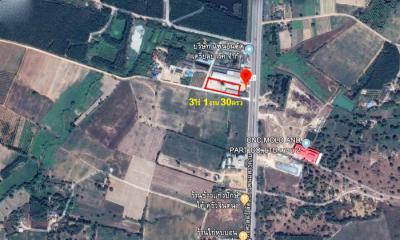 ที่ดิน 8000000 ชลบุรี พนัสนิคม นาวังหิน