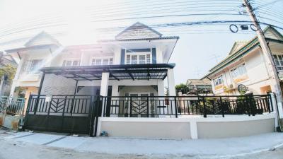บ้านแฝดสองชั้น 2250000 นนทบุรี บางใหญ่ เสาธงหิน