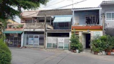 ทาวน์เฮาส์ 2950000 กรุงเทพมหานคร เขตลาดพร้าว ลาดพร้าว