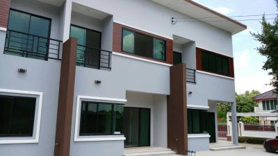 ทาวน์เฮาส์ 2570000 ขอนแก่น เมืองขอนแก่น บ้านเป็ด