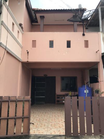 ทาวน์เฮาส์ 1490000 ชลบุรี เมืองชลบุรี บ้านสวน