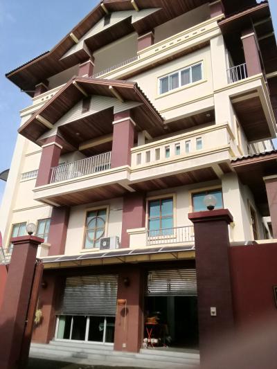 บ้านพร้อมที่ดิน 19500000 กรุงเทพมหานคร เขตจตุจักร ลาดยาว