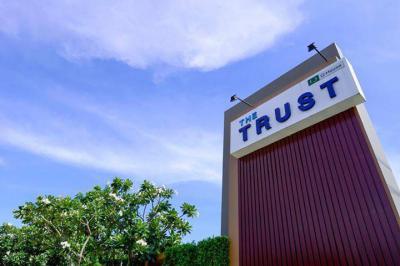ทาวน์เฮาส์ 2590000 ปทุมธานี ธัญบุรี ประชาธิปัตย์