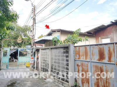 บ้านเดี่ยว 2300000 กรุงเทพมหานคร เขตบางกอกน้อย บ้านช่างหล่อ