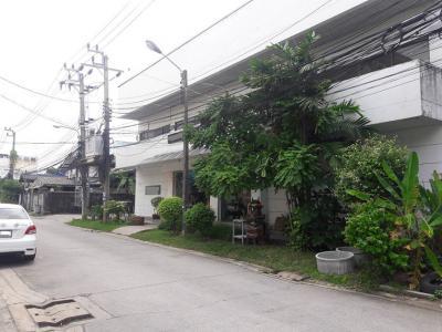บ้านพร้อมที่ดิน 23800000 กรุงเทพมหานคร เขตลาดพร้าว ลาดพร้าว