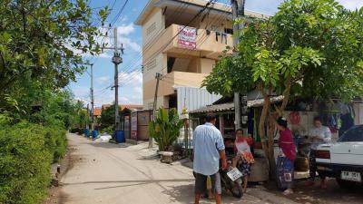 อพาร์ทเม้นท์ 9500000 เพชรบุรี เขาย้อย สระพัง
