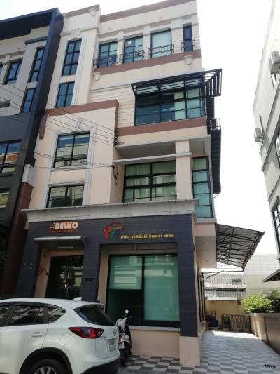 อาคารพาณิชย์ 13900000 กรุงเทพมหานคร เขตลาดพร้าว ลาดพร้าว