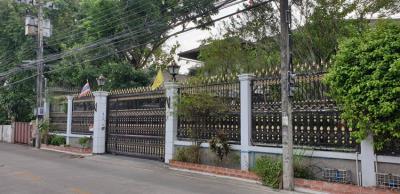 บ้านแฝด 55000000 กรุงเทพมหานคร เขตพระโขนง บางจาก