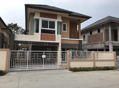 บ้านแฝด 3300000 ชลบุรี บางละมุง หนองปรือ