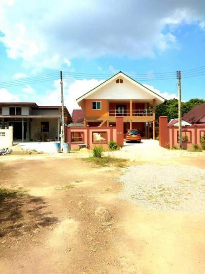 บ้านพร้อมที่ดิน 3300000 จันทบุรี เมืองจันทบุรี ท่าช้าง