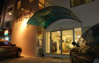 อพาร์ทเม้นท์ 4700 กรุงเทพมหานคร เขตลาดพร้าว ลาดพร้าว