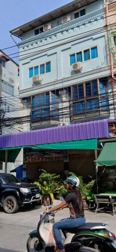 อาคารพาณิชย์ 12000000 ชลบุรี บางละมุง หนองปรือ