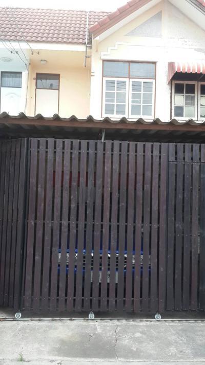 ทาวน์เฮาส์ 950000 ปทุมธานี ธัญบุรี ประชาธิปัตย์