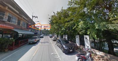 อาคารพาณิชย์ 15000000 ชลบุรี บางละมุง นาเกลือ