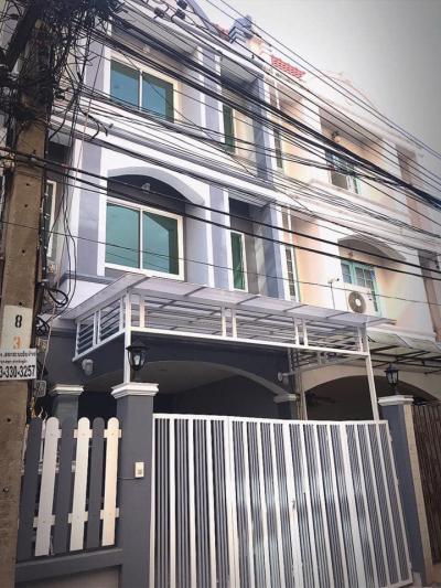 ทาวน์เฮาส์ 3500000 นนทบุรี เมืองนนทบุรี ตลาดขวัญ