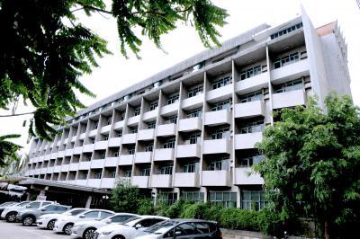 โรงแรม 600000000 นนทบุรี เมืองนนทบุรี บางเขน