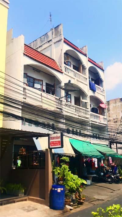 อาคารพาณิชย์ 11000 กรุงเทพมหานคร เขตห้วยขวาง ห้วยขวาง