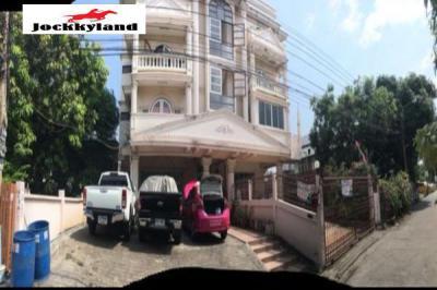 อพาร์ทเม้นท์ 15800000 กรุงเทพมหานคร เขตบางนา บางนา