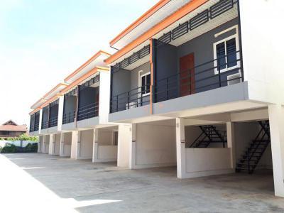 โรงแรม 18000000 บุรีรัมย์ เมืองบุรีรัมย์ ชุมเห็ด