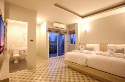 โรงแรม 25000000 ภูเก็ต เมืองภูเก็ต ราไวย์