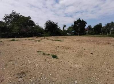 ที่ดิน 837000 เพชรบุรี บ้านลาด บ้านลาด